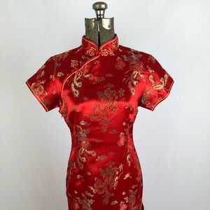 Dresses & Skirts - NWOT Gorgeous Red Chinese Cheongsam Gown